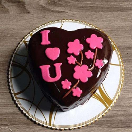 Romantic chocolate cake