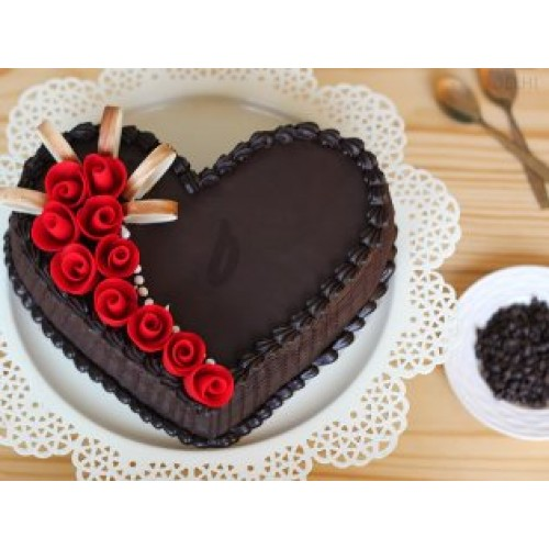 46 Heart Chocolate Cake