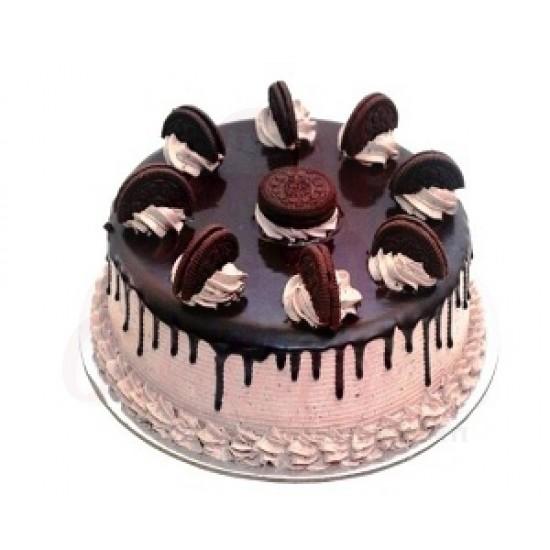 Choco Vanilla Oreo Cake